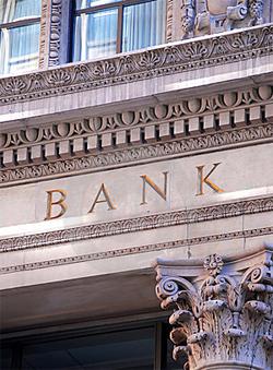 Banken må bl.a. ikke tage penge fra sociale ydelser på din konto, som er nødvendige for at opretholde en beskeden levefod